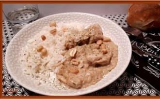 Filets de dinde au lait de coco et beurre de cacahuètes