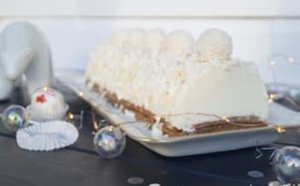 Bûche façon Raffaello coco-noisettes-chocolat blanc