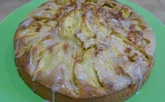 Gâteau aux pommes, cannelle et orange