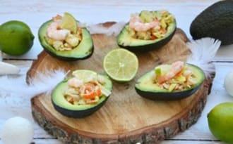 Avocats farcis au surimi et aux crevettes