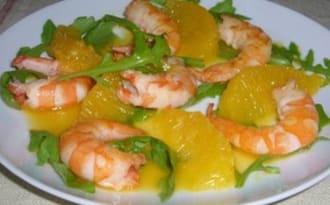Salade de crevettes et sa sauce à l'orange épicée