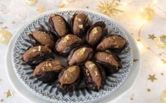 Pruneaux fourrés au chocolat