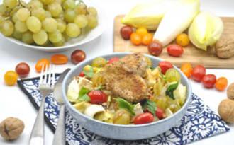 Salade endives pommes raisins fromage