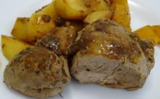 Filet mignon de porc laqué aux épices et pommes de terre