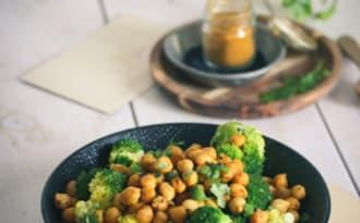 Pois chiches rôtis et brocolis
