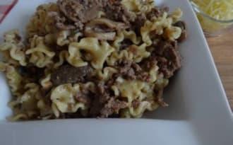 Pâtes au bœuf, tomates séchées et champignons à la crème au Cookéo ou pas