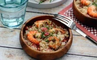 Salade de quinoa aux crevettes, pamplemousse et grenade