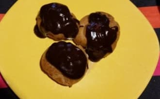 Profiteroles au chocolat