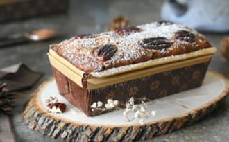Gâteau moelleux aux noix et dattes