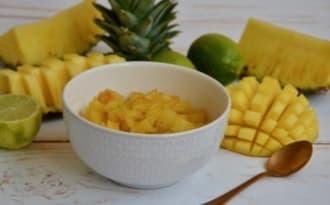 Compotée de mangue et ananas au citron vert