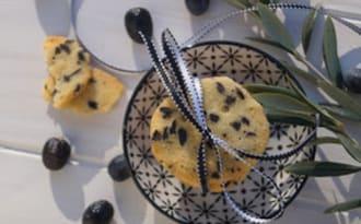 Sablés parmesan, olives et romarin