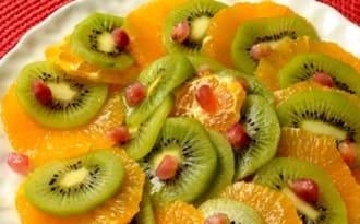 Carpaccio d'oranges et de kiwis