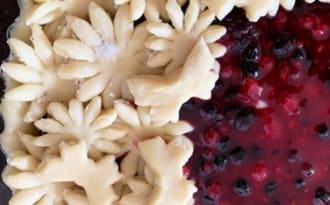 La tarte décorée aux fruits rouges