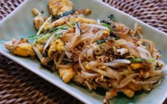 Véritable pad thaï, nouilles sautées aux crevettes