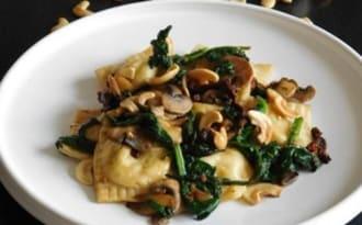 Ravioles aux fromages, champignons et épinards | Cooking and Cakes