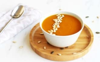 Soupe de butternut au curry – Contes et Délices
