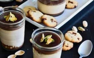 Panna cotta au caramel et sauce chocola