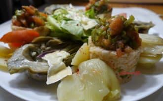 Salade composée / Riz au thon-artichauts-fenouil et salade grillée