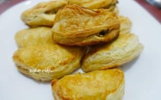 Chaussons feuilletés farcis au poulet-pâte feuilletée roulée