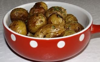 Pommes de terre grenailles rôties au four