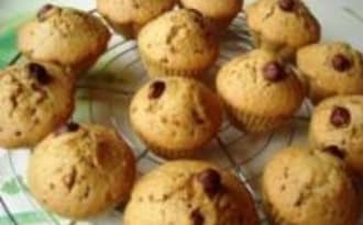 Muffins au Vin Blanc et à la Noisette