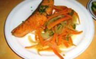 Saumon et sa Julienne de Légumes, Sauce Amazu