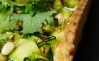 Tarte Salée avec une Pâte Croustillante à la Polenta