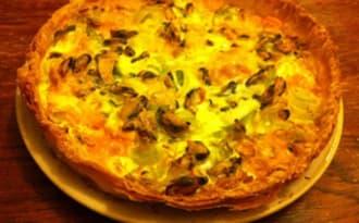 Tarte feuilletée aux moules de bouchot au safran,mimolette vieille et poireaux
