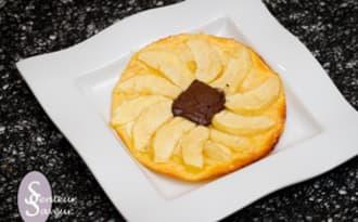 Tartelette fine aux pommes et au chocolat