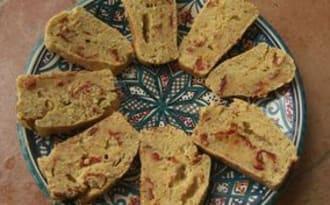 Mini-cakes au jambon et aux pistaches