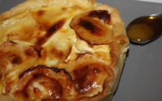 Tartelette chèvre, lardon & miel