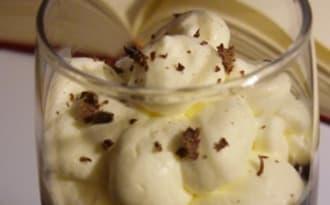 Chocolat chaud et Crème chantilly à la noix de coco