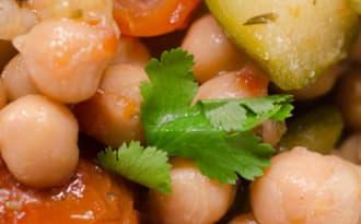 Pois chiches, courgettes et tomates séchées