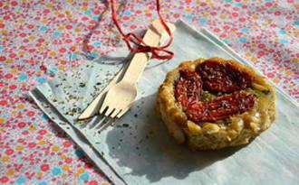 Tatin de courgettes et tomates séchées au farigoulo