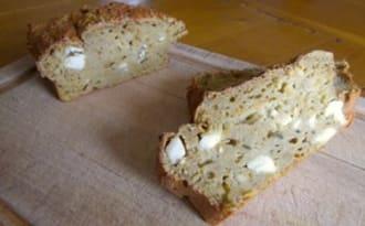 Cake au panais et carottes à la farine de sarrasin et feta