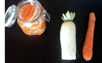 Condiments aigre-doux de carottes et daikon