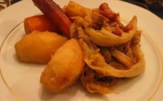 Chou braisé aux lardons et légumes