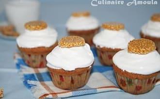 Cupcake à l'orientale, aux graines de sésame et fleur d'oranger