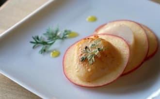 Millefeuille de Saint-Jacques à la pomme