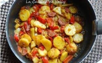 Poêlée de Pommes de terre, Poivron rouge, Fenouil, au Chorizo et Curcuma