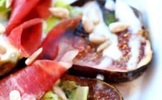 Carpaccio de figues rôtis