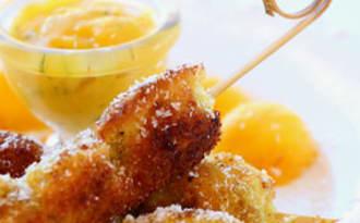 Brochettes de poulet pané à la noix de coco