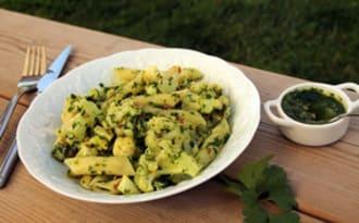 Penne aux légumes aldente et Pesto d'herbes