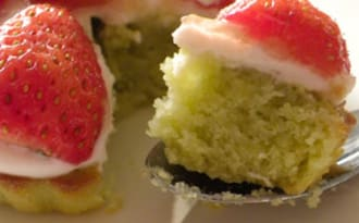 Tartelettes financières matcha-fraises