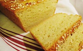 Pain sans gluten au levain et au quinoa