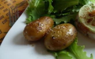 Pommes de terre grenaille sautées à la fleur de sel