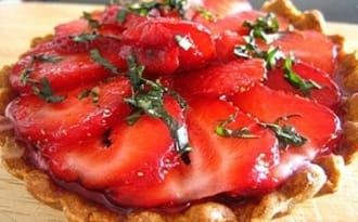 Tartelettes aux fraises sur crème de lemon curd