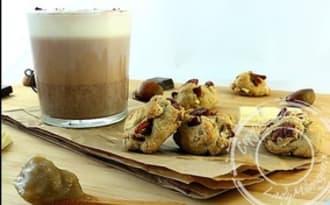 Biscuits aux marrons, chocolat blanc et noix de pécan