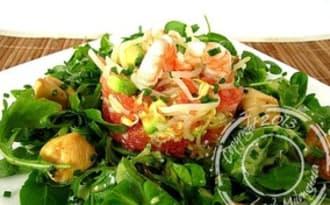 Salade de poulet mariné, crevettes et pamplemousse de Cyril Lignac