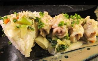 Filets de carrelet à la crème et aux petits légumes